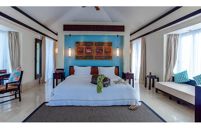 2 Bedroom Beachfront Double Pool Villa