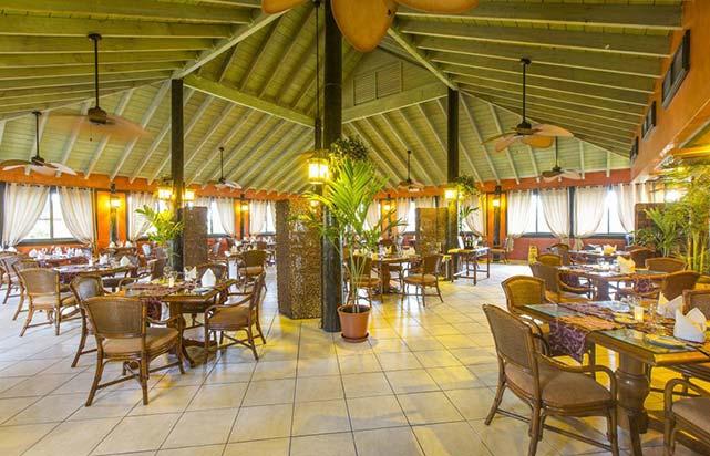 Nicholes Restaurant