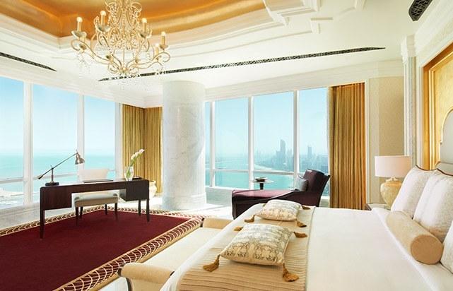 Al Hosen Suite Bedroom