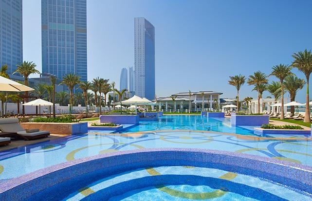 Riviera Beach Club Swimming Pool