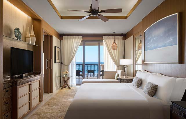 Premium Sea View Room - Bedroom