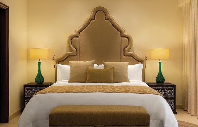 Al Dana Suite Bedroom