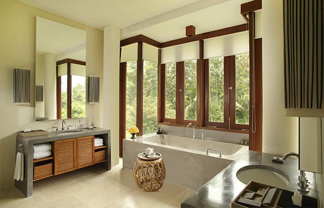 Terrace Tree Villa Bathroom