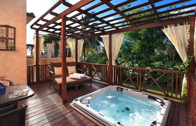 Garden Junior Suite with Whirlpool