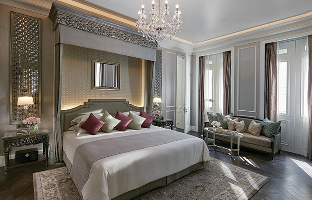 Ambassador Bedroom Suite