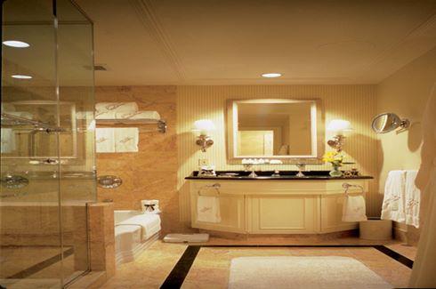 Bathroom in Tower Guestroom