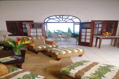 Grand Villa Living Room