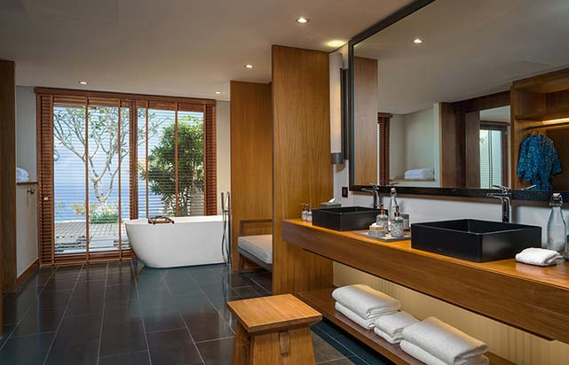 Cliff Villa - Bathroom