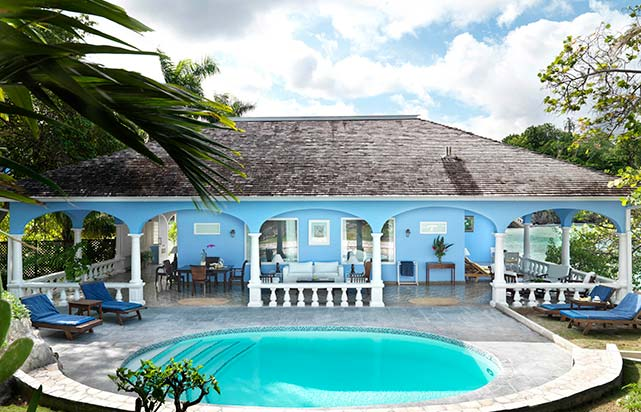 White Suite - Pool