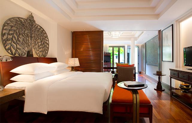 Executive Suite Bedroom