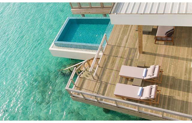 Lagoon Villa with Pool Deck