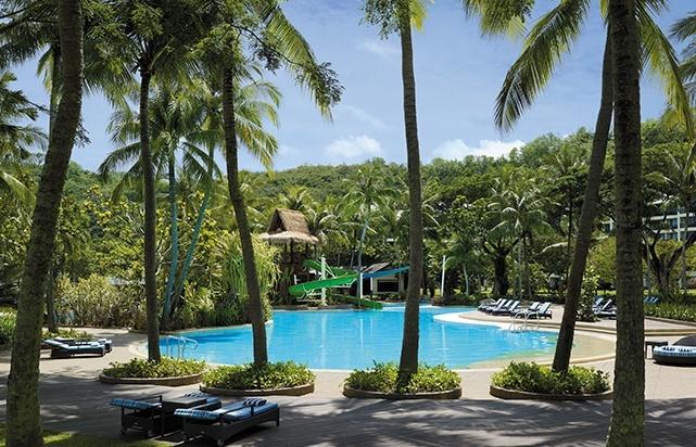 Garden Wing Swimming Pool