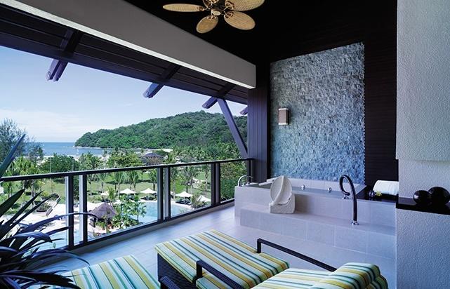 Ocean Wing Balcony