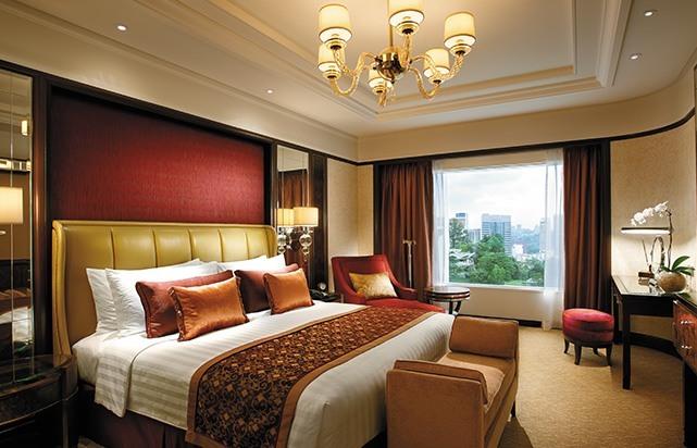 Premier Selection Suite Bedroom