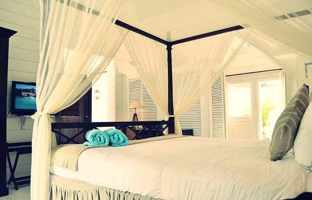 Beachfront - Bedroom