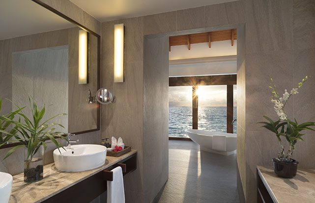 Sunset Overwater Pool Suite - Bathroom