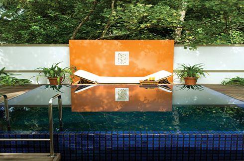 Velavaru Villa Pool