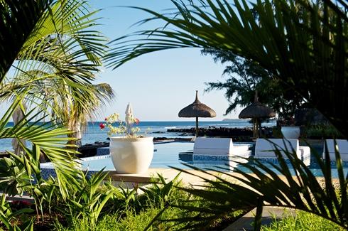 Leora Beach Apartment - Pool View