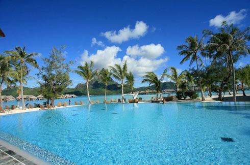 Swimming Pool and Lagoon