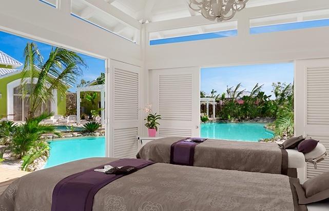 Double Luxury Cabana