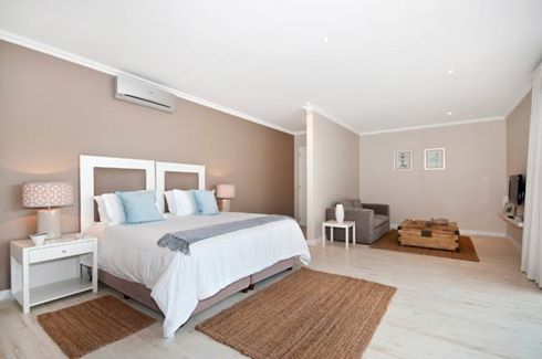 Beachy Head Villa Room