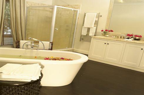 The Lookout Villa Bath