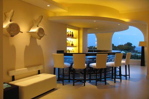 Sun Lounge Bar