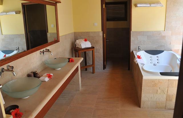 Hideaway Villa Bathroom