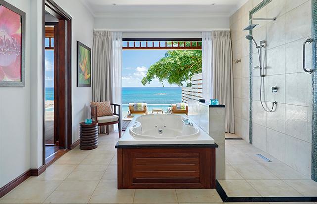 Grand Ocean View Pool Villa Bathroom