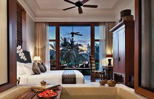 Club Lagoon Room