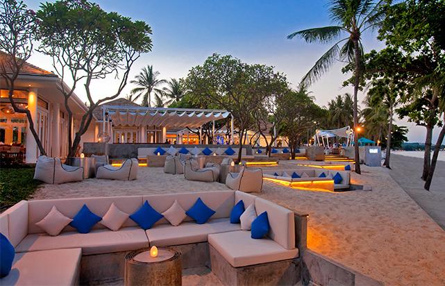 Coast Beach Bar