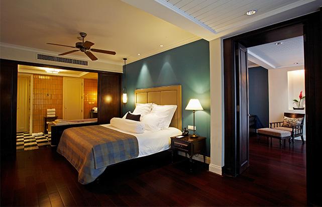 One Bedroom Premium Pool Suite