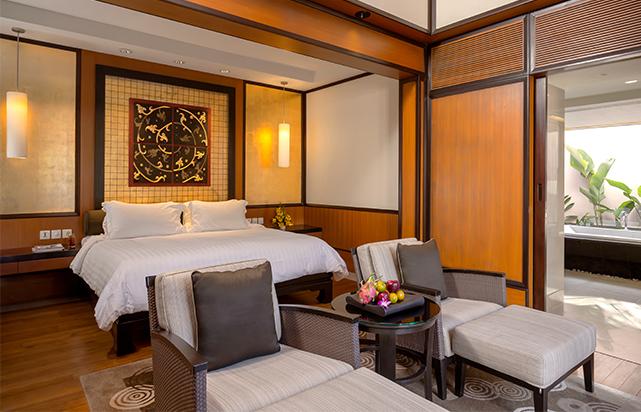 Guest Room Grand Bedroom
