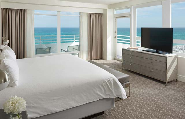 Ocean Front one bedroom Suite with Balcony
