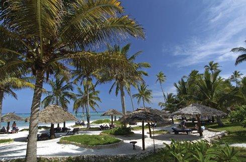 Breezes Beach Club - Resort Beach Parasols