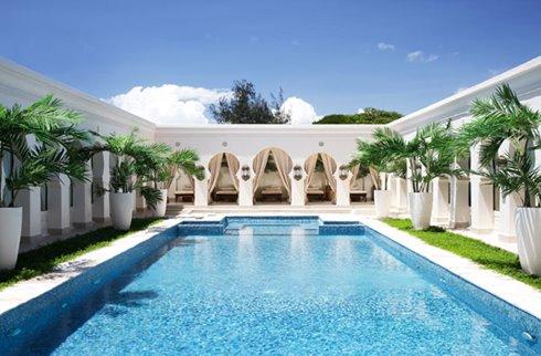 Baraza Resort Spa Pool
