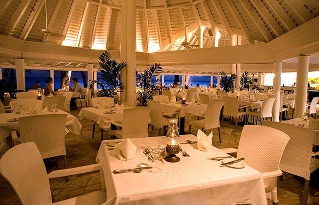 Club Sunset Restaurant