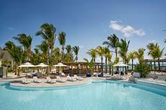 Lagoon Attitude Hotel