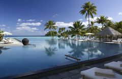 Four Seasons Landaa Giraavaru Resort